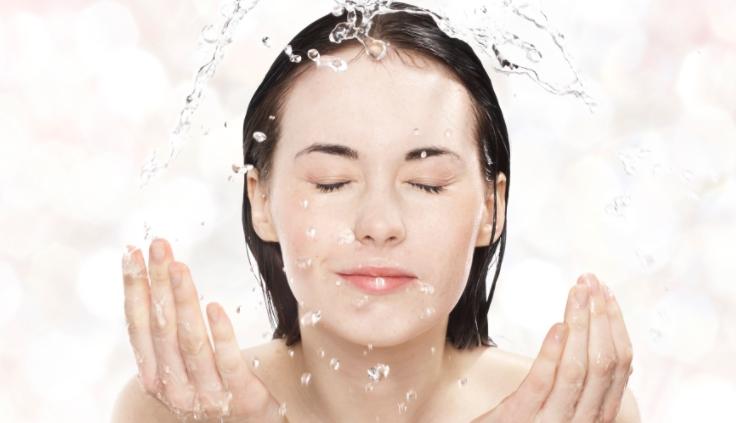 Cara Mencuci Wajah yang Baik dan Benar