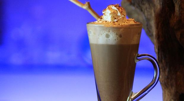 Cocoa Bandrek Kini Hadir di Aston Braga