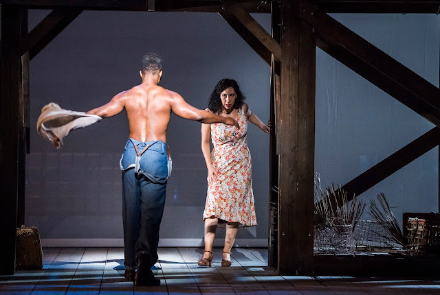 Gershwin: Porgy and Bess - Nmon Ford, Nicole Cabell - English National Opera (Photo Tristram Kenton)