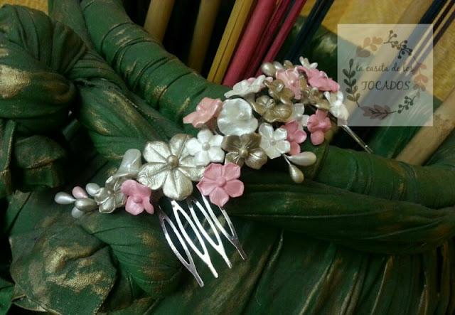 semicorona romántica de porcelana realizada de forma artesanal para novia