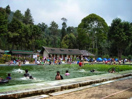 Wisata Pemandian Air Panas Cimanggu Bandung