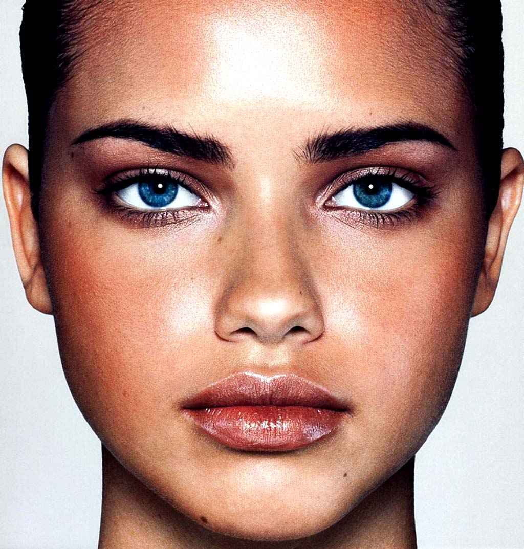 Adriana Lima Face HD Photo | Adriana Lima Pictures
