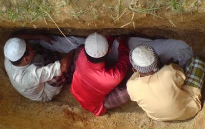 Seram, Ternyata Mayit Bisa Mendengar Dan Merasa Prespektif Al-Qur'an  dan Hadist
