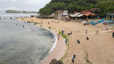 jalur-menuju-pantai-ngandong
