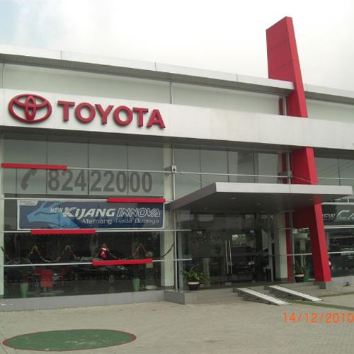 TOYOTA AUTO 2000 Bekasi Barat, Alamat : Jl Siliwangi KM 01, Narogong, Bekasi Barat 17114