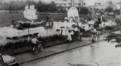 Desfile de aniversário de Maringá