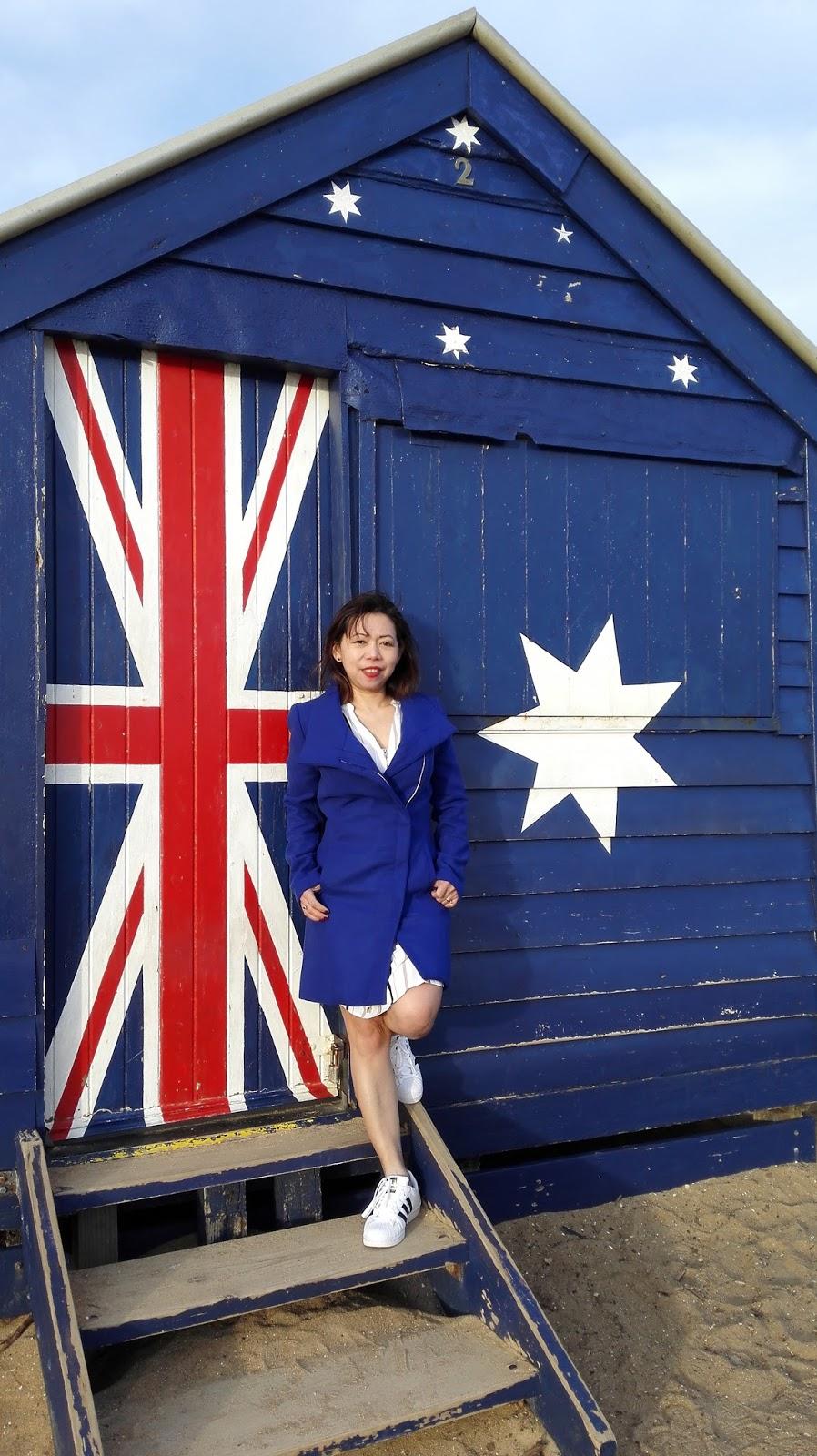 autralian flag beach hut
