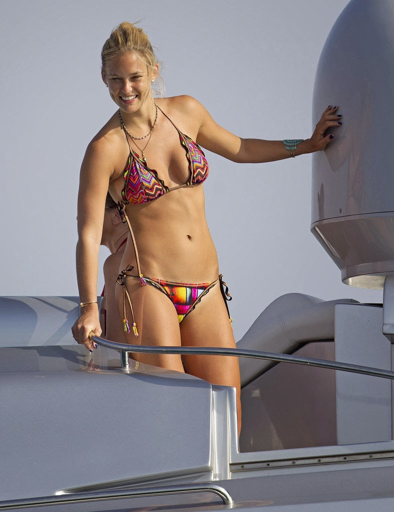 Celeb Diary Best Of 2013 Vedete In Bikini