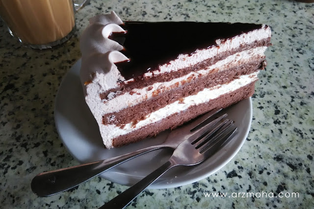 cake at cameron valley tea house, chocolate indulgence, gambar kek, tea time,