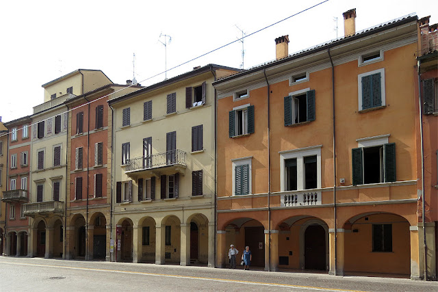 Porticos of Via Saragozza, Bologna
