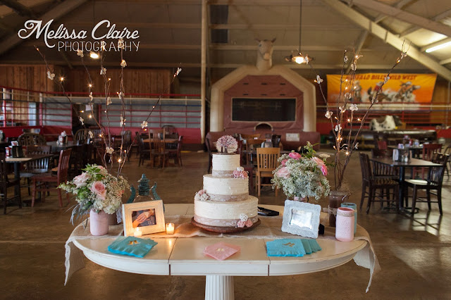 The Blooming Bride, DFW, Fort Worth, Texas, Wedding Flowers, table, cake