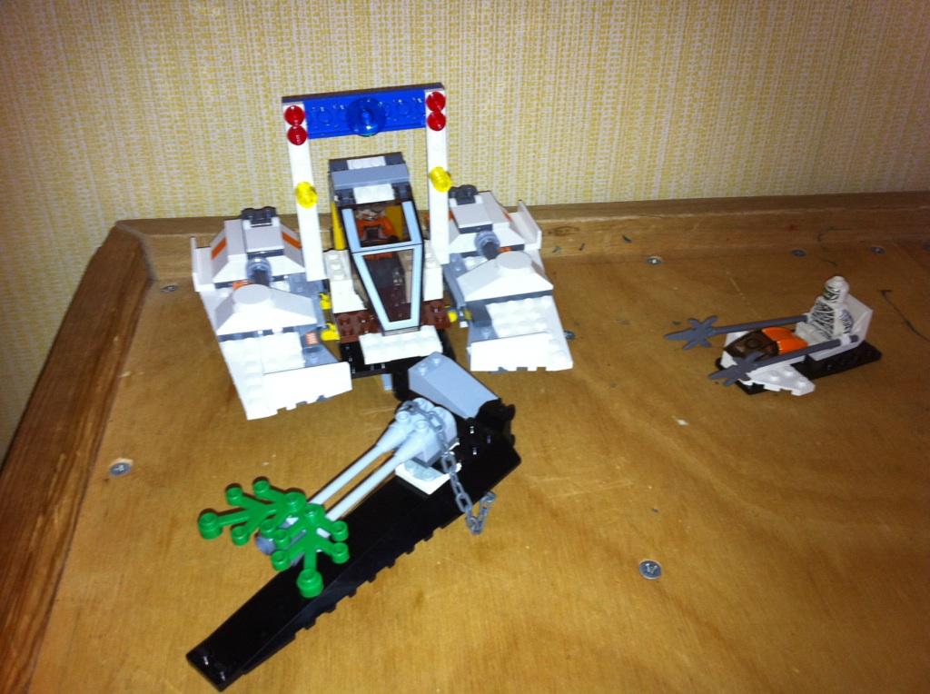 Lego Quest Kids Aircraft Photos