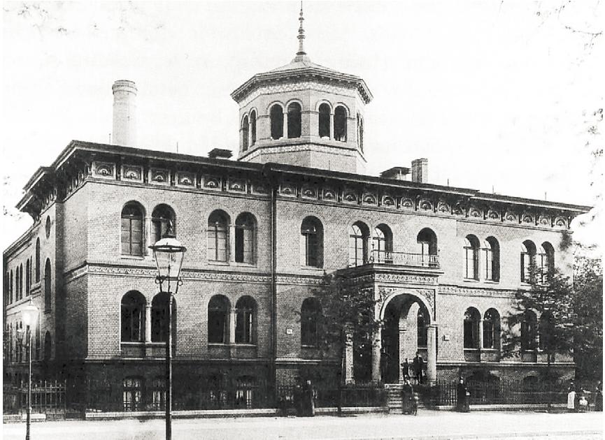 Iberty: Das erste Hallenbad Berlins