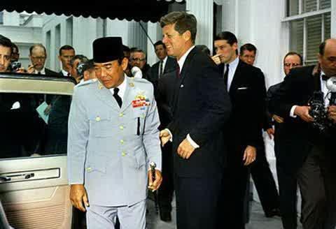 saat Presiden Soekarno dan Presiden Jhon F Kennedy