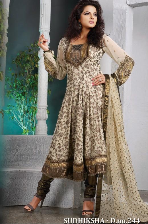 930504d3ac Buy Online Latest Designer Salwar Kameez at Reasonable Price | Silk ...