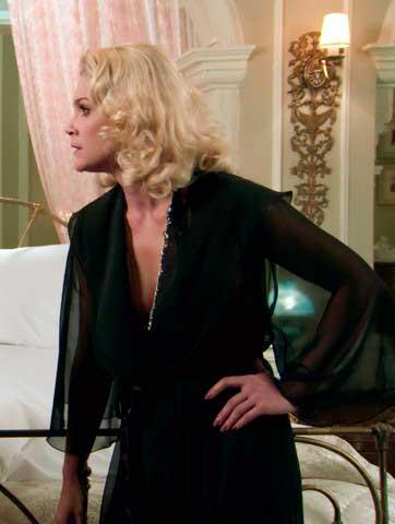 Sandra (Flavia Alessandra) Eta mundo bom figurino, roupas, vestidos