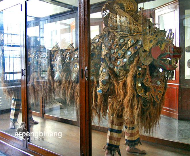 museum nasional barong bali
