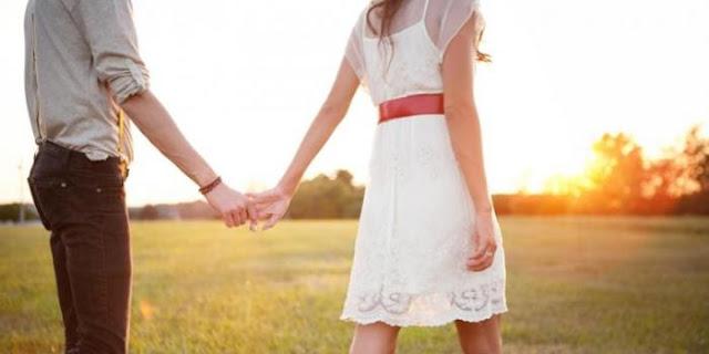 Berterima Kasihlah Pada Selingkuhan Pacarmu, Karena Dia Telah Mengambil Orang Yang Tidak Setia Darimu