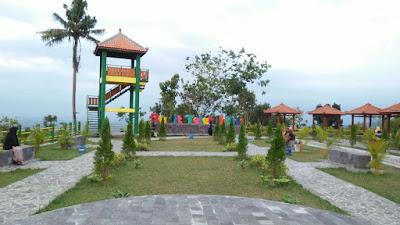 Bukit Teletubbies Prambanan Jogja