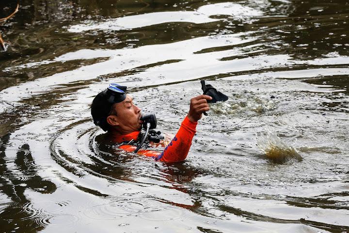 ВБангкоке нашли множество человеческих останков, спрятанных вгородском пруду