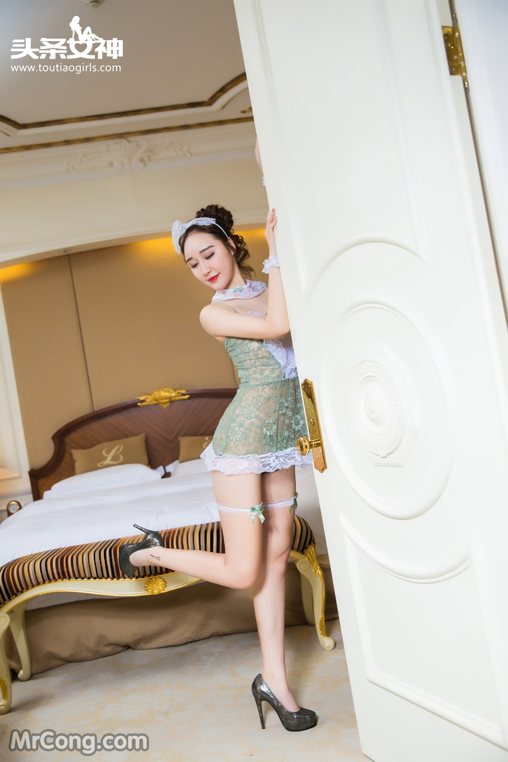 Image MrCong.com-TouTiao-2016-12-15-Wang-Yue-008 in post TouTiao 2016-12-15: Người mẫu Wang Yue (王悦) (17 ảnh)