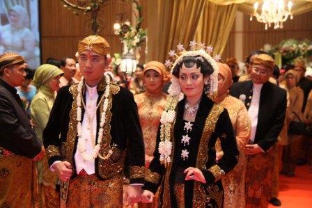 Berita Tvri Bahasa Jawa Tvri Home Televisi Republik Indonesia Pidato Bahasa Jawa Dalam Resepsi Penikahan Ngamayobaygo Pinangaten