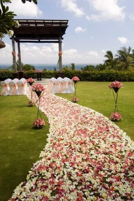 Memorable Wedding: Wedding Ceremony Aisle Decorations