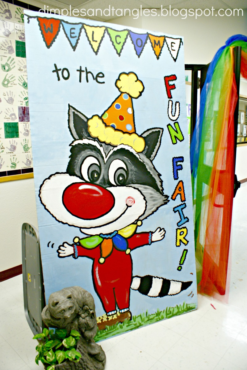 SCHOOL FUN FAIR/CARNIVAL DECORATIONS - Dimples and Tangles
