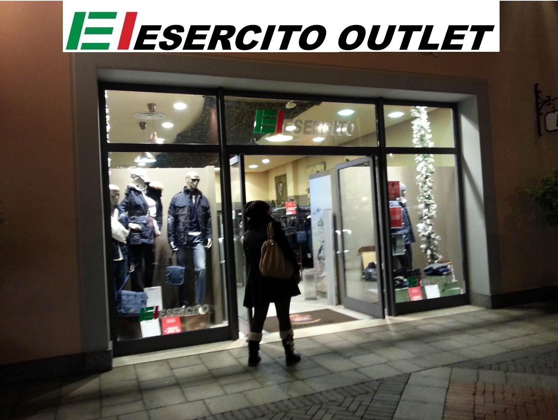 buy popular 09f12 8297c Benessere del Personale: Offerta sconti abbigliamento ...