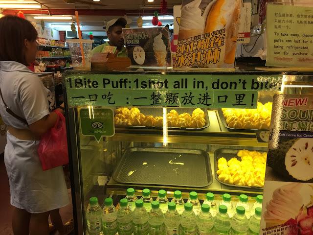 Malacca Jonker Street Night Market - TasteBetter Durian Puffs