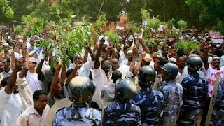 اخبار مظاهرات السودان اليوم: دعوات لـ جمعة الحرية والتغيير غدا الجمعة وقمع المتظاهرين في بورتسودان