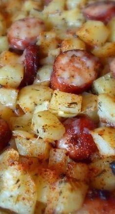 Oven-Roasted Smoked Sausage & Potatoes #oven #roasted #smoked #potatoes #dinnerrecipes #dinnerideas #dinner