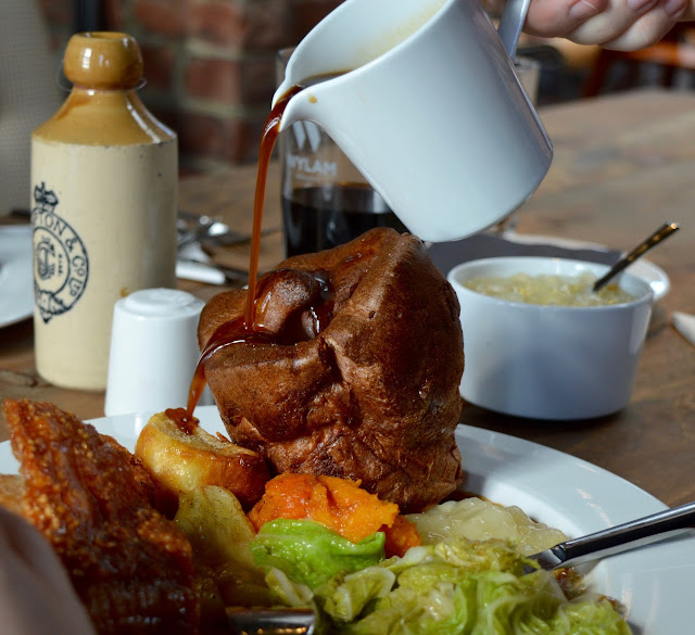 Exhibition Park Newcastle | Wylam Brewery Sunday Lunch - extra gravy