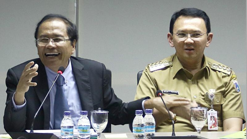 Ahok saat bersama Rizal Ramli membahas reklamasi Teluk Jakarta
