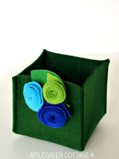 easy felt box sewing project
