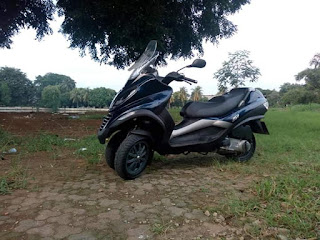 Dijual Piaggio MP3 250ie Th.2008