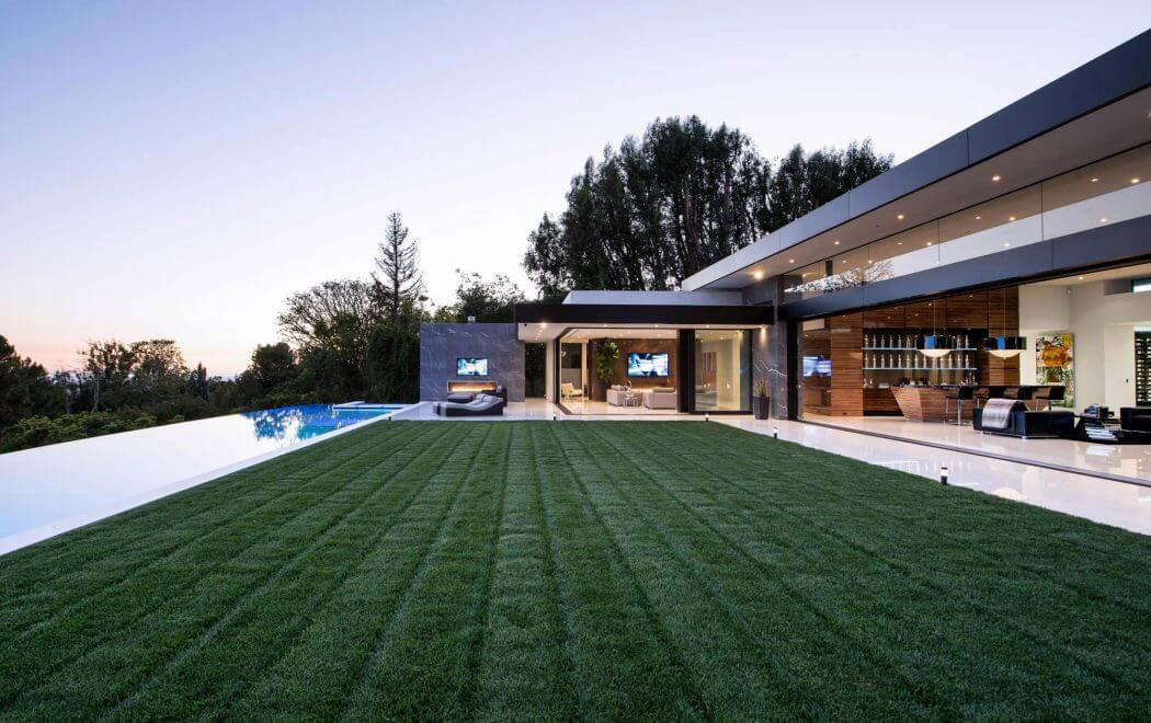 Passion For Luxury Modern Home In Bel Air California