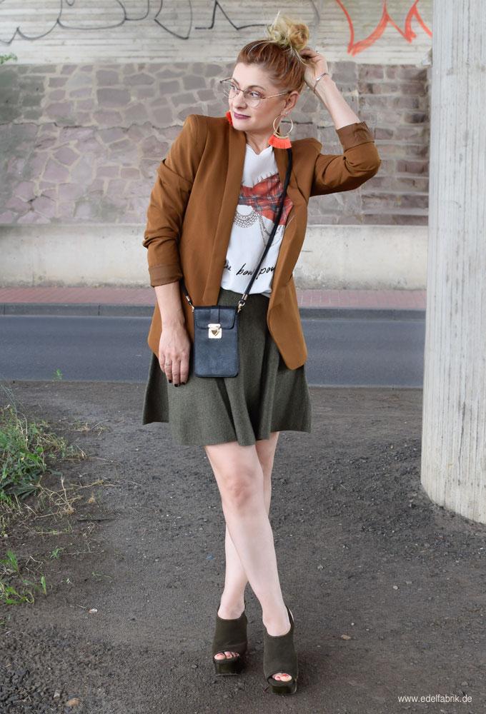 Minirock mit über 40, Damenblazer von H&M