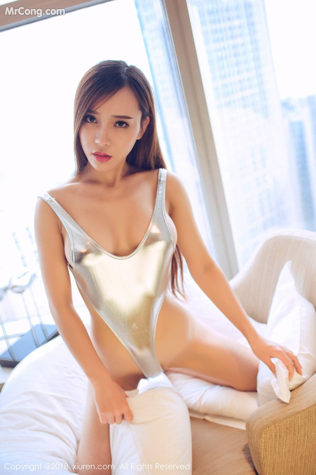 Image XIUREN-No.946-Ai-Xiao-Qing-MrCong.com-037 in post XIUREN No.946: Người mẫu Ai Xiao Qing (艾小青) (46 ảnh)
