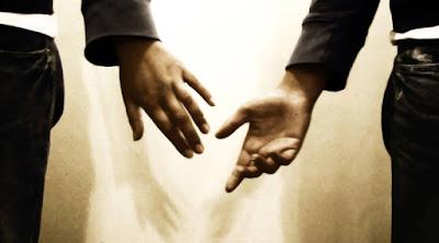 7 أسباب تجعلك تشكر حبيبتك على فراقك الفراق الهجر هجر الحبيب خزلان امرأة تترك رجل يترك man leave woman lovers abandoned hands  ايدى يدان يد