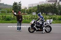 https://4.bp.blogspot.com/-AgNpsDDflls/VrTP_Oii6uI/AAAAAAAAGO8/c9URV9HWqSM/s1600/kamen_rider_kabuto_backstages_7.jpg