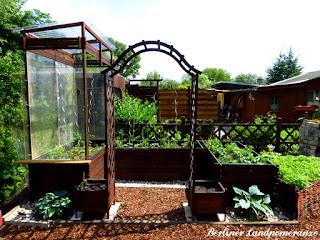 Gemüsegarten: Hochbeete aus Holz