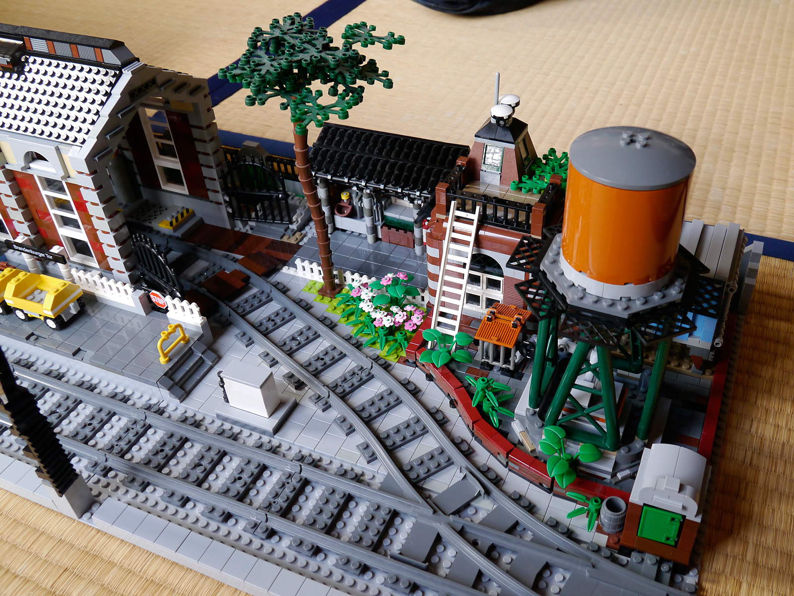 Boris Bricks Lego Moc Train Station