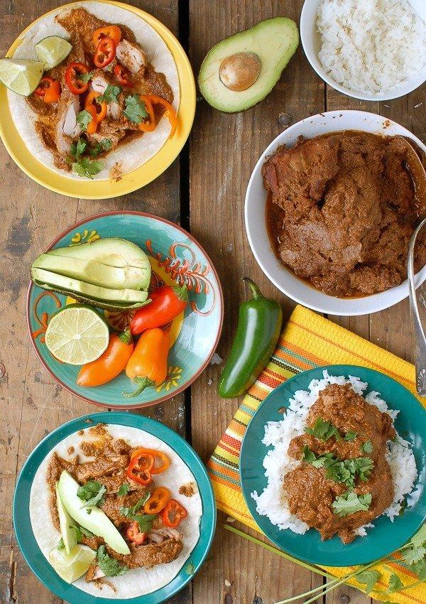 Easy Slow Cooker Mole Chicken Thighs - Muddlex