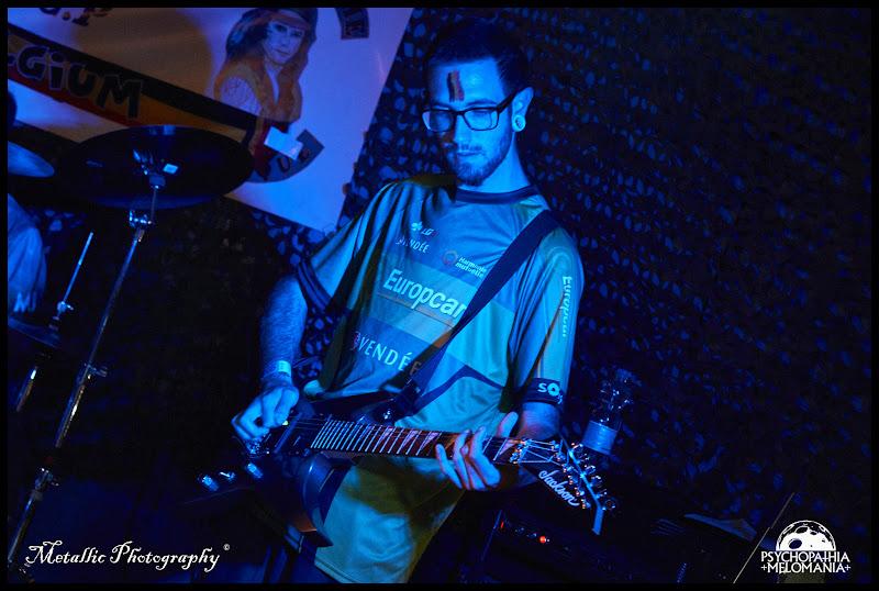 Guitar Tee-shirt : Stromerde @Wallifornian Degeneration, Metal Corporation Fest 2015 - METAL, MCP Apache, Fontaine-L'Évêque, Belgique 29/08/2015