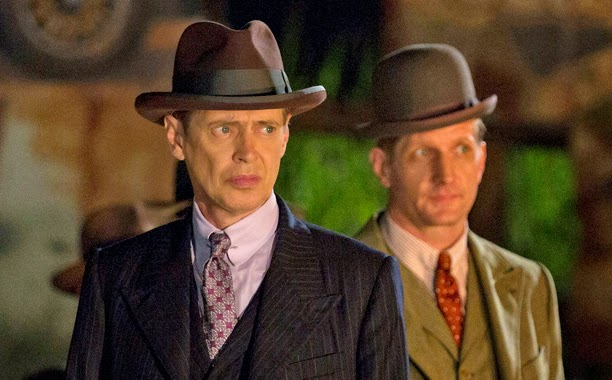Nucky Thompson y Mickey Doyle en Frindless Child