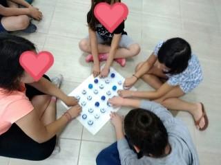 Ανακυκλώσιμα υλικά απο τα παιδιά των σχολείων