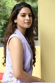 Tanya Hope in Crop top and Trousers Beautiful Pics at her Interview 13 7 2017 ~  Exclusive Celebrities Galleries 119.JPG