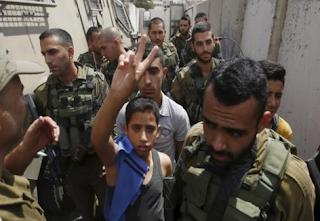 أسر 270 طفلاً فلسطينياً في سجون إسرائيل بدون تهم