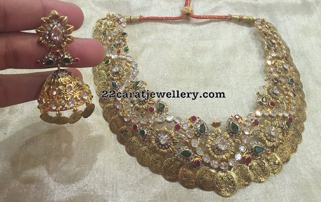 Kasu Necklace with Floral Motifs